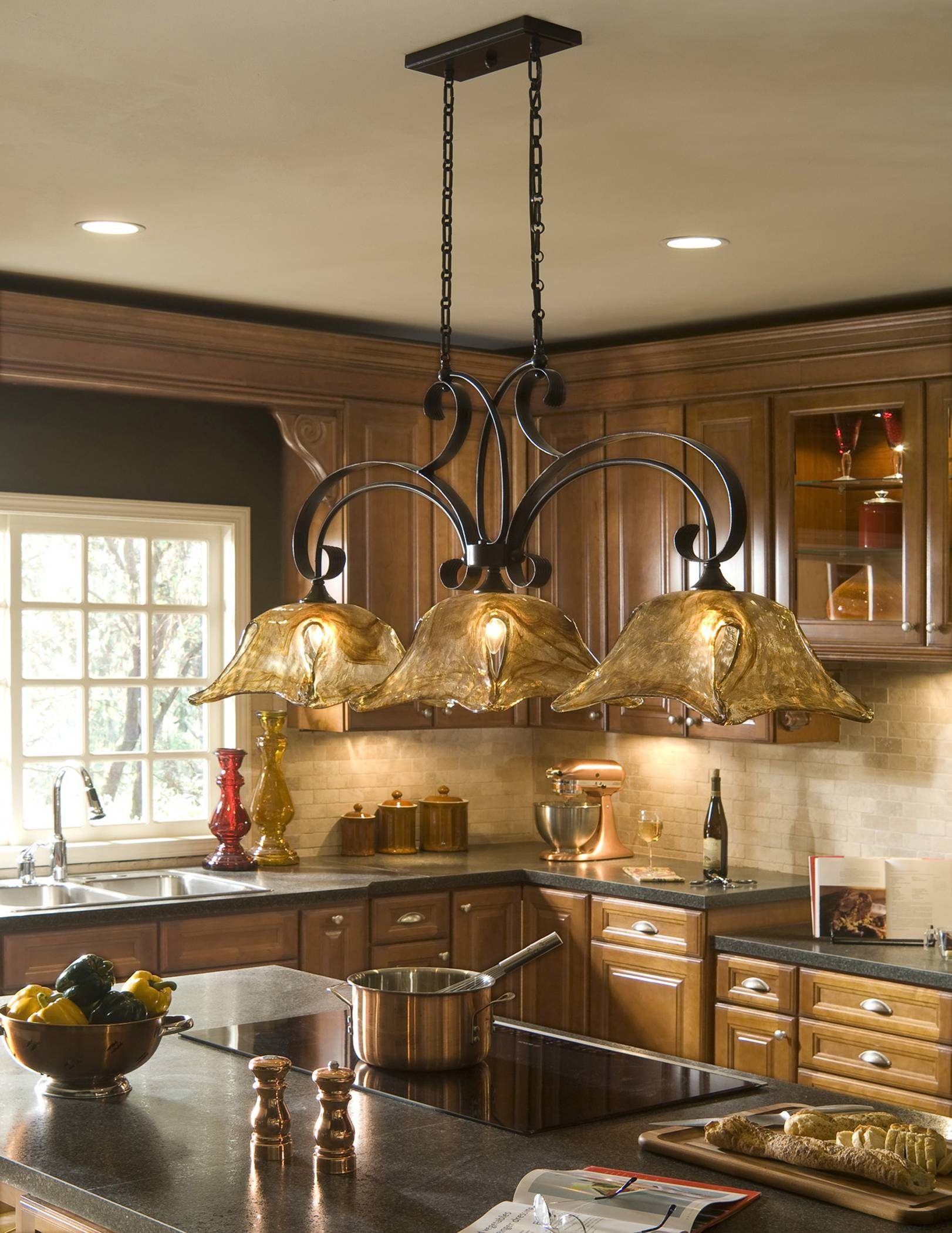 Brilliant Kitchen Chandeliers Lighting Interior Decorating Concept Regarding Lantern Style Pendant Lighting (View 9 of 15)