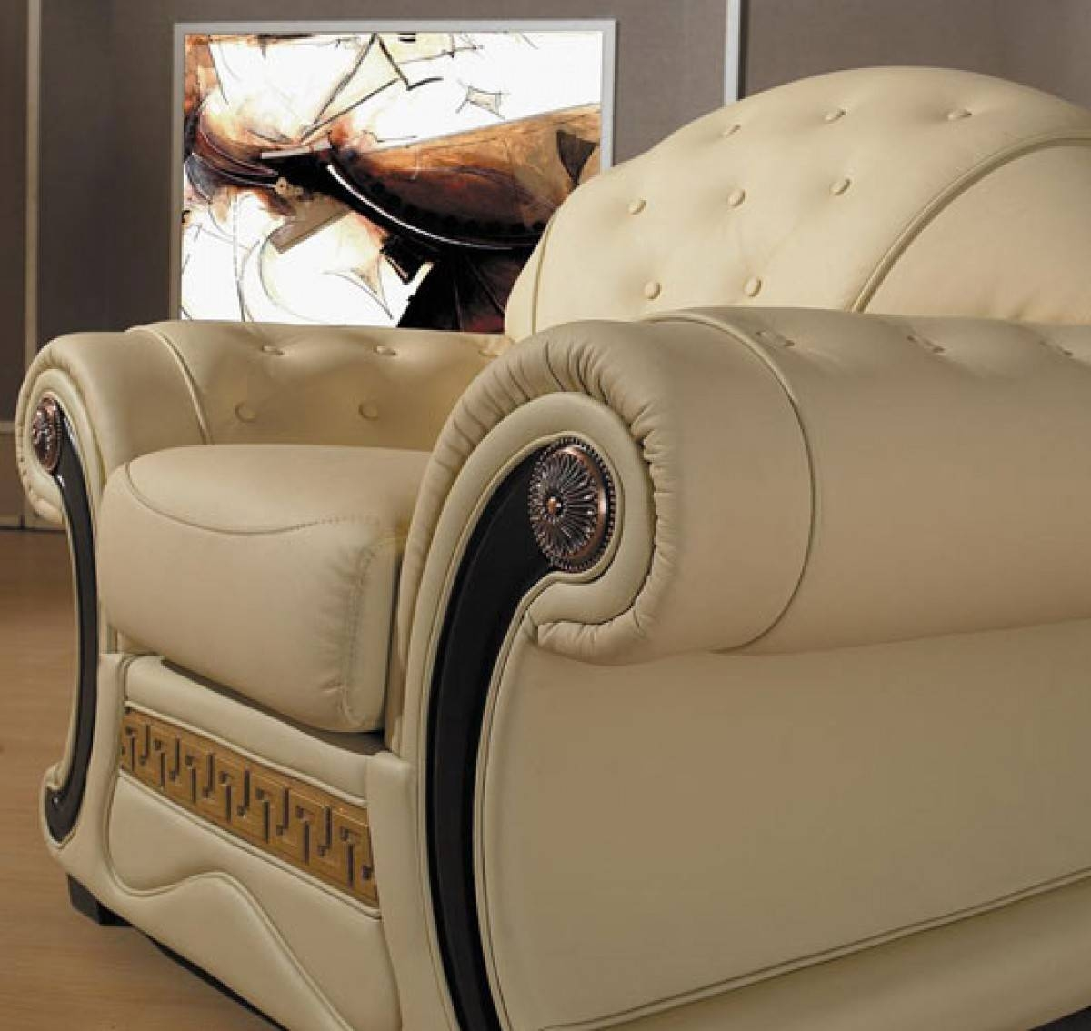 Cleopatra – Traditional Leather Sofa Set With Regard To Cleopatra Sofas (View 3 of 15)