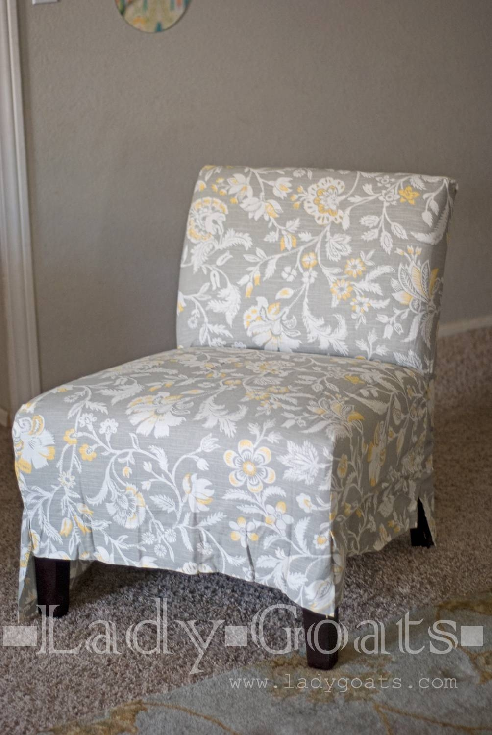 Featured Photo of Armless Slipcovers