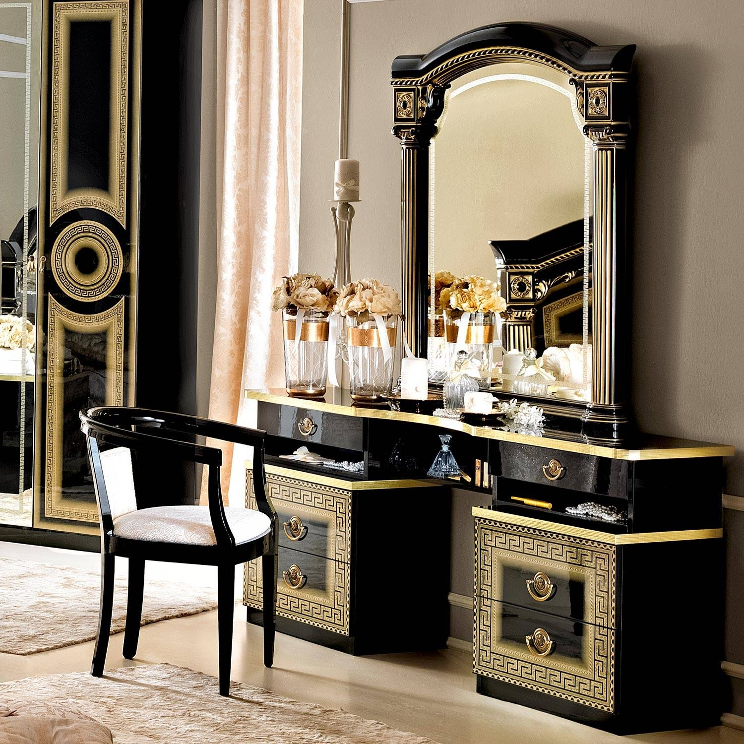 Gold Dressing Table Mirror – Fashion Dresses Regarding Gold Dressing Table Mirrors (View 8 of 15)