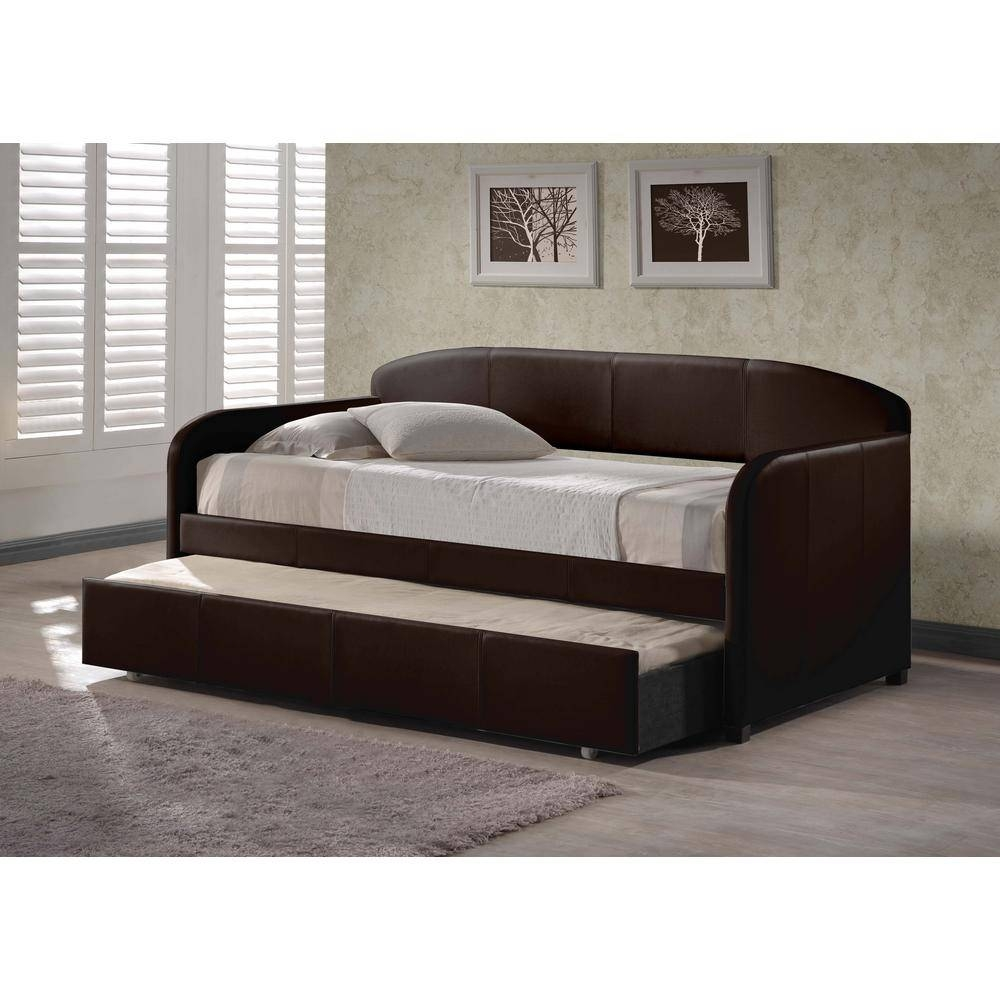 Hillsdale Furniture Springfield Brown Trundle Day Bed 1613Dbt Within Sofas Daybed With Trundle (View 6 of 15)