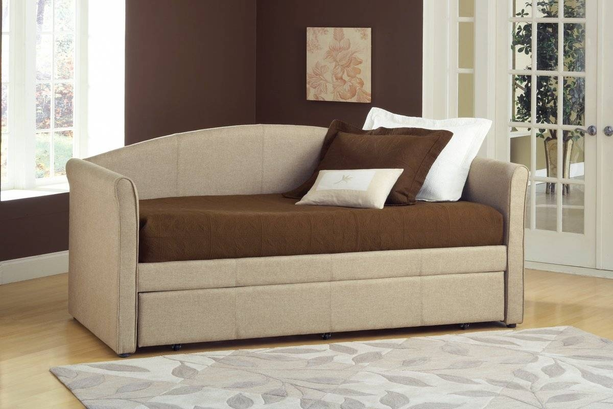 Hillsdale Siesta Daybed With Trundle & Reviews | Wayfair For Sofas Daybed With Trundle (View 7 of 15)