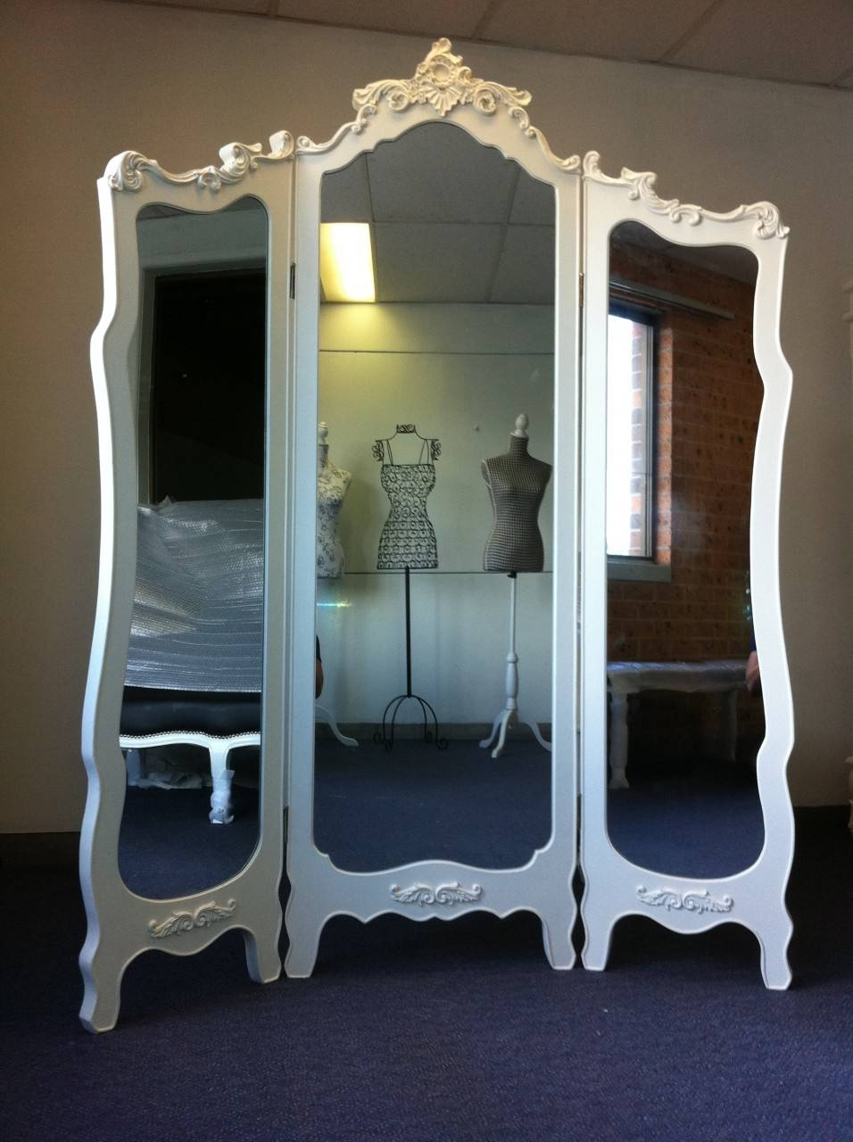 Interior: Gorgeous Pattern Poseidon Frame Trifold Mirror For Home with regard to Full Length Antique Dressing Mirrors (Image 12 of 15)