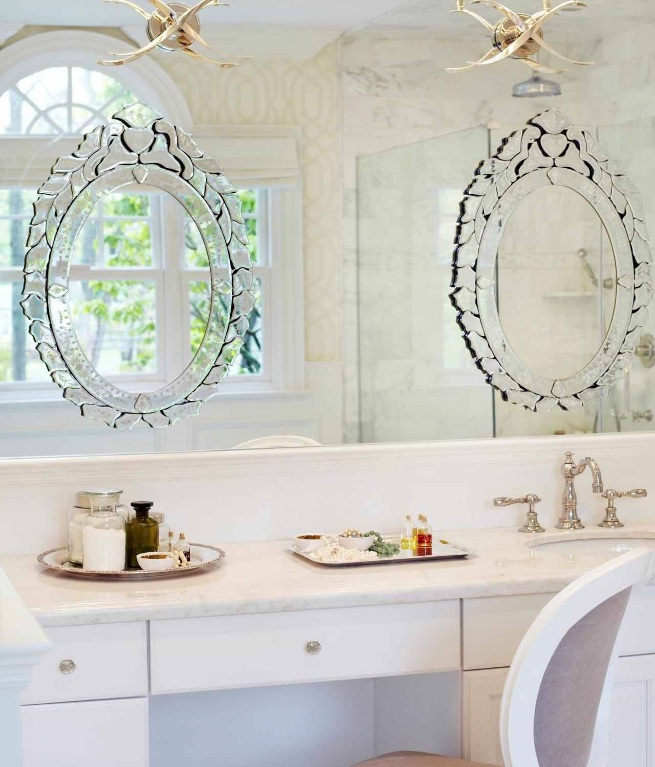 Interior: Vintage Venetian Mirror For Classic Interior Decor inside Ornate Free Standing Mirrors (Image 9 of 15)