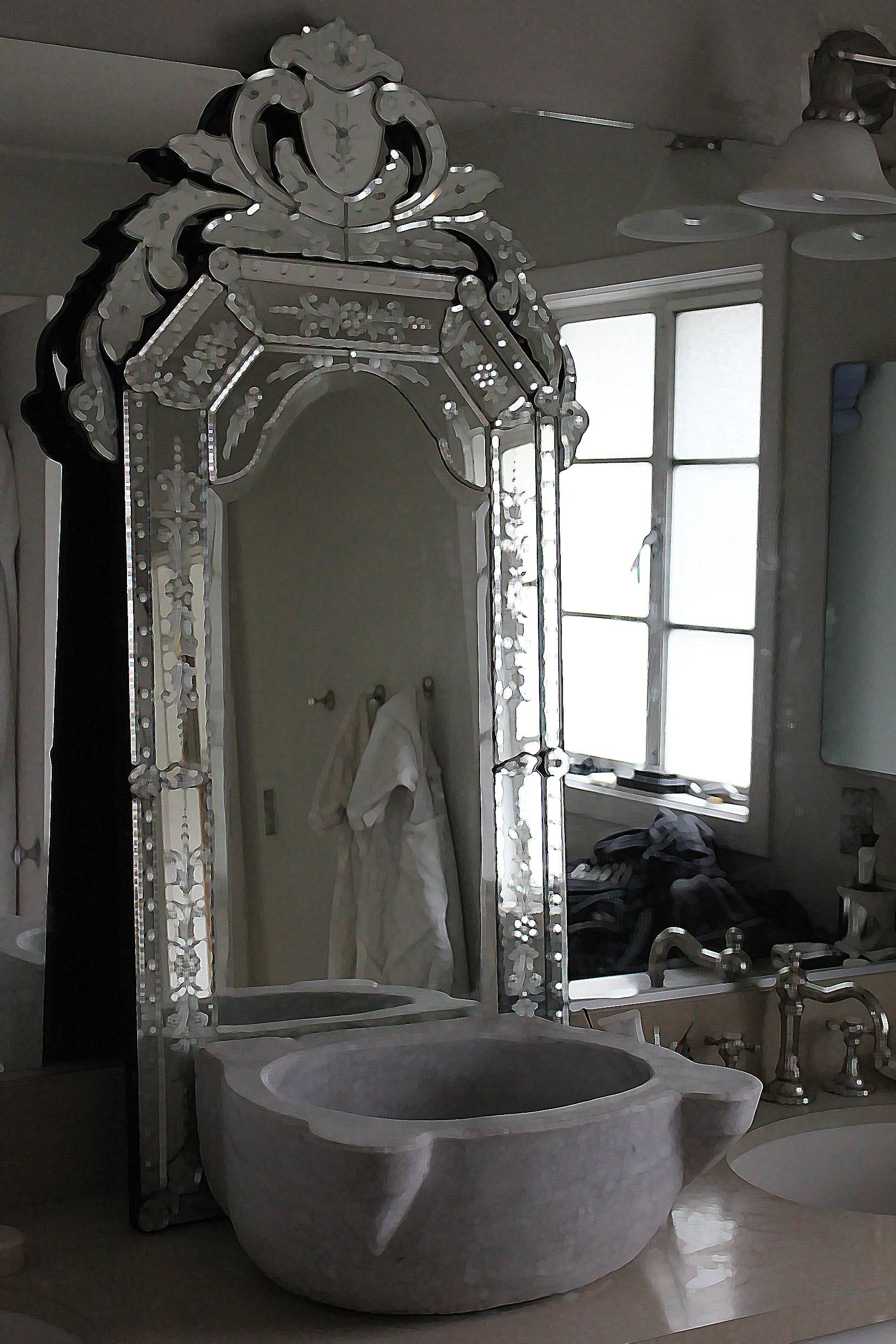 Interior: Vintage Venetian Mirror For Classic Interior Decor pertaining to Ornate Free Standing Mirrors (Image 10 of 15)