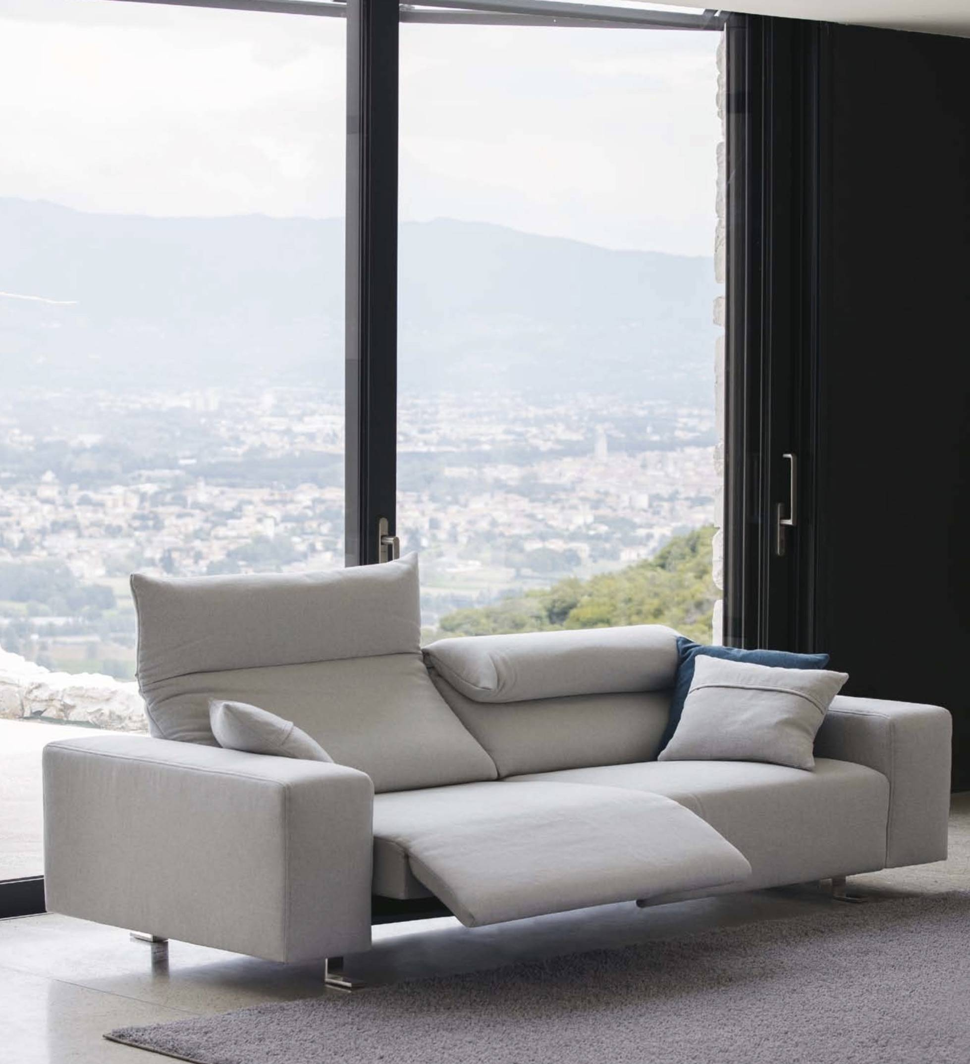 Italian Sofas At Momentoitalia - Modern Sofas,designer Sofas within Contemporary Sofas and Chairs (Image 10 of 15)