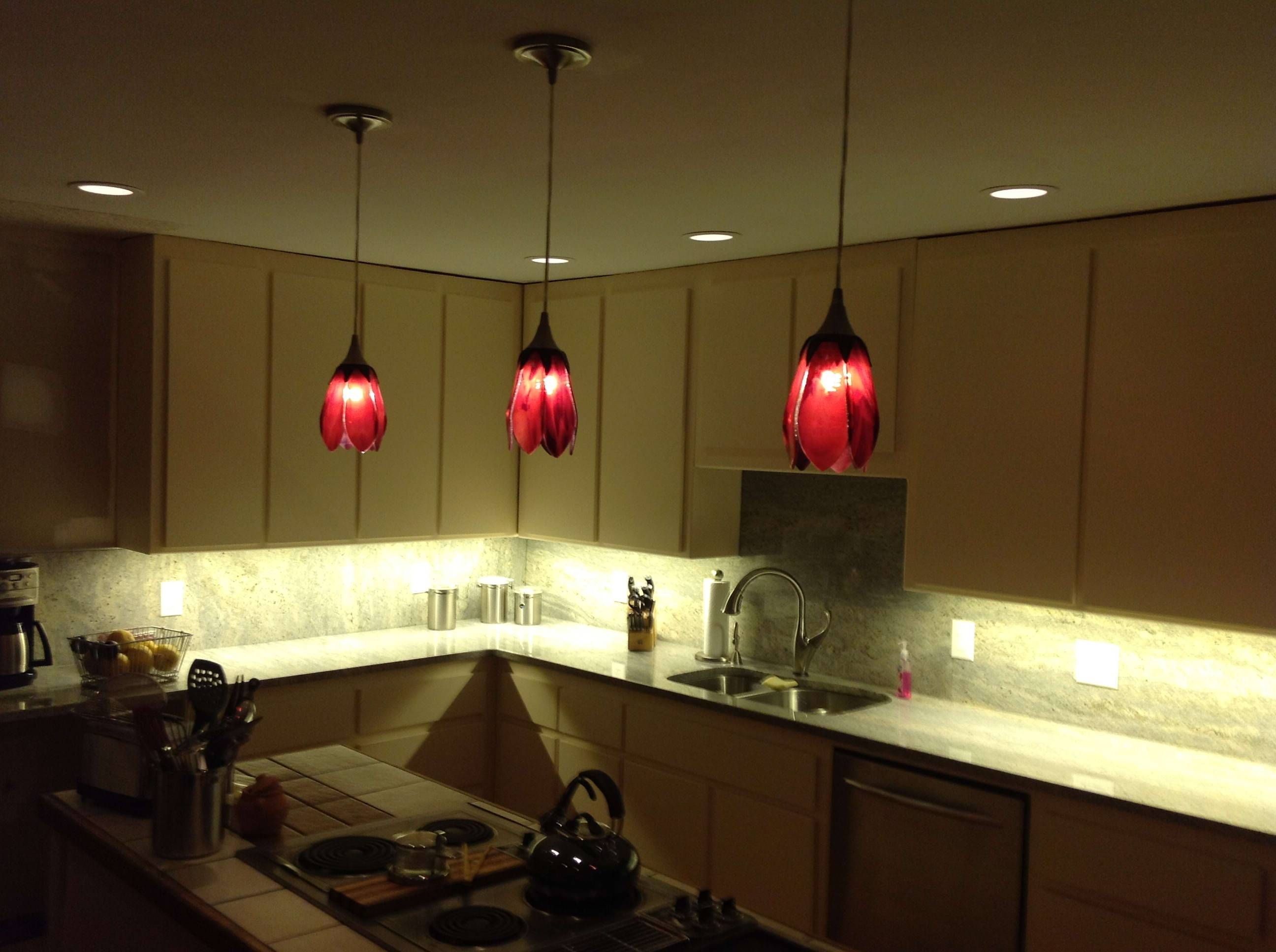 Kitchen : Fantastic Pendant Lighting Kitchen Design Ideas With Pertaining To Modern Red Pendant Lighting (View 7 of 15)