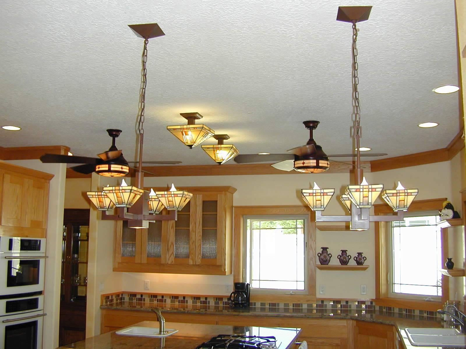 Kitchen: Kitchen Light Fixtures (View 7 of 15)