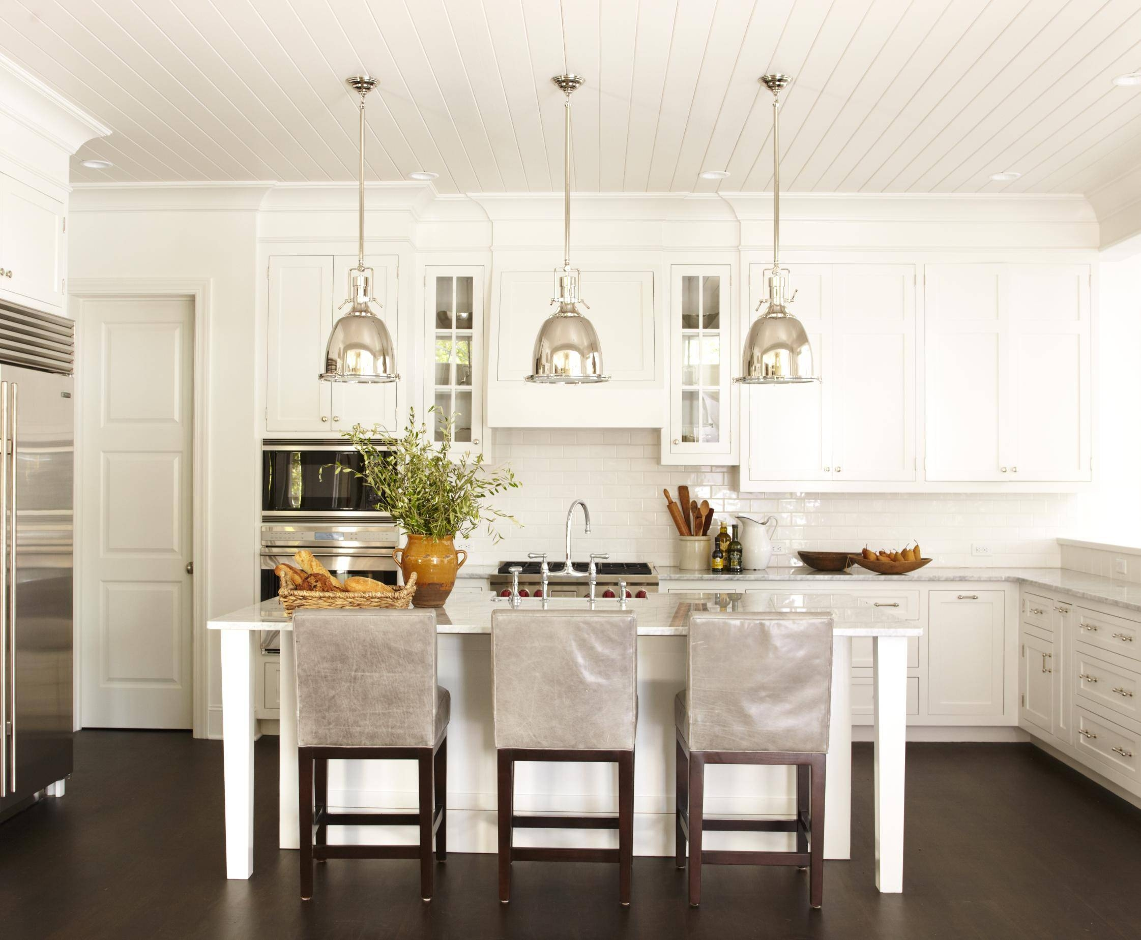Kitchen Style: French Country Kitchen Designs Ideas And Remodel Intended For French Style Glass Pendant Lights (View 14 of 15)