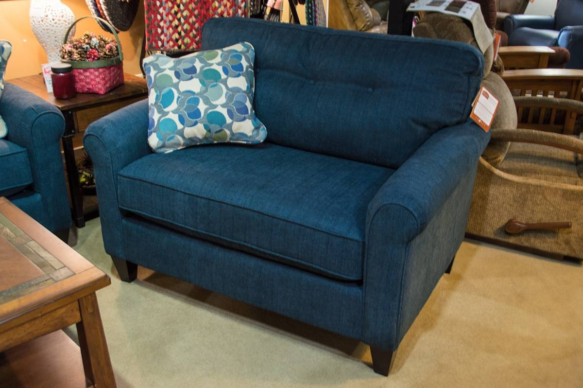 La-Z-Boy - Laurel Chair - Harris Family Furniture within Lazy Boy Sofas and Chairs (Image 7 of 15)