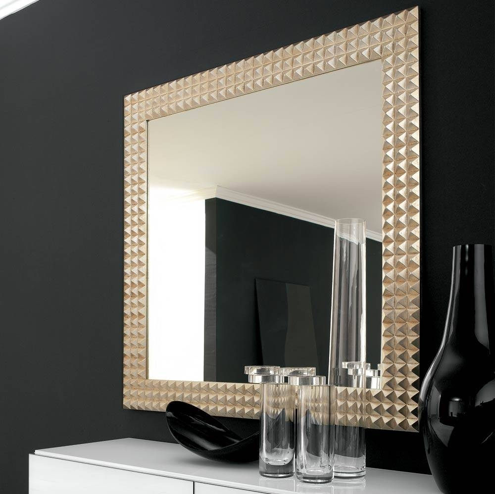Large Wall Mirrors For Spacious Interior Impressions - Ruchi Designs throughout Black Large Mirrors (Image 11 of 15)