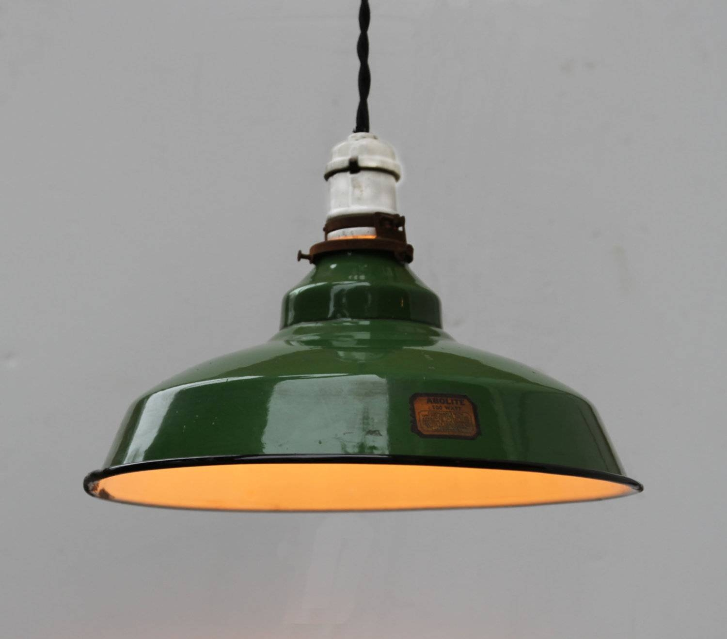 Retro Light Fixtures | Home Lighting Insight in Industrial Style Pendant Lights Fixtures (Image 12 of 15)