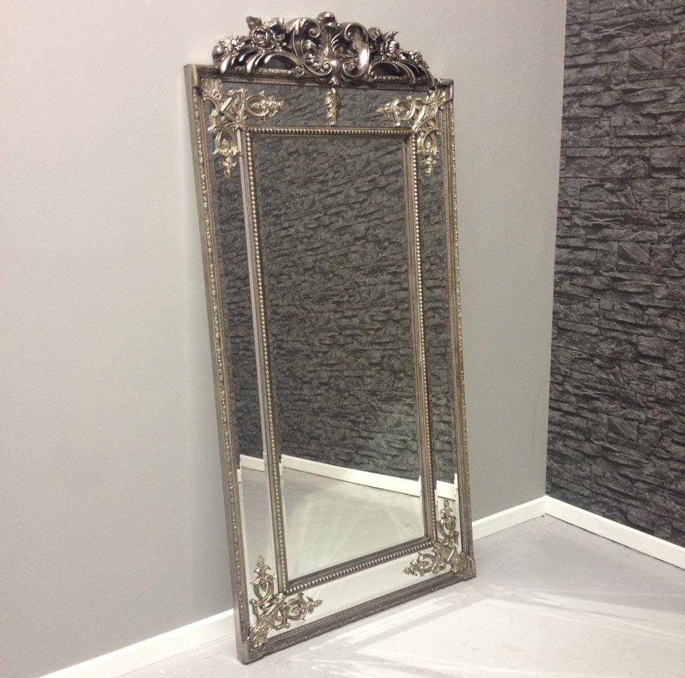 Silver 'cimiero' Full Length Mirror With Crest 183 X 91 Cm Silver throughout Silver Full Length Mirrors (Image 11 of 15)