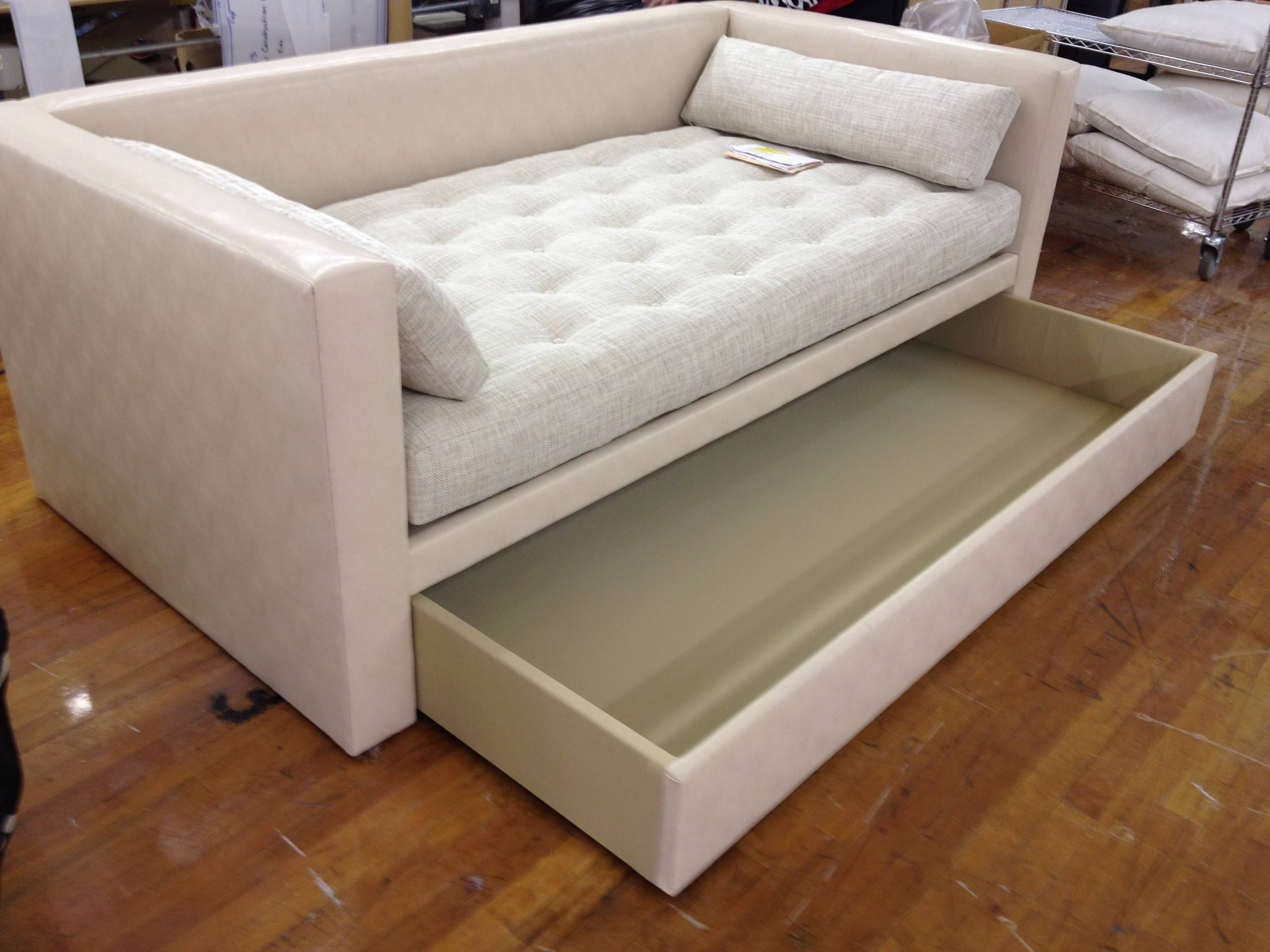 Sofas Center : 37 Unbelievable Sofa Daybed With Trundle Images For Sofas Daybed With Trundle (View 11 of 15)