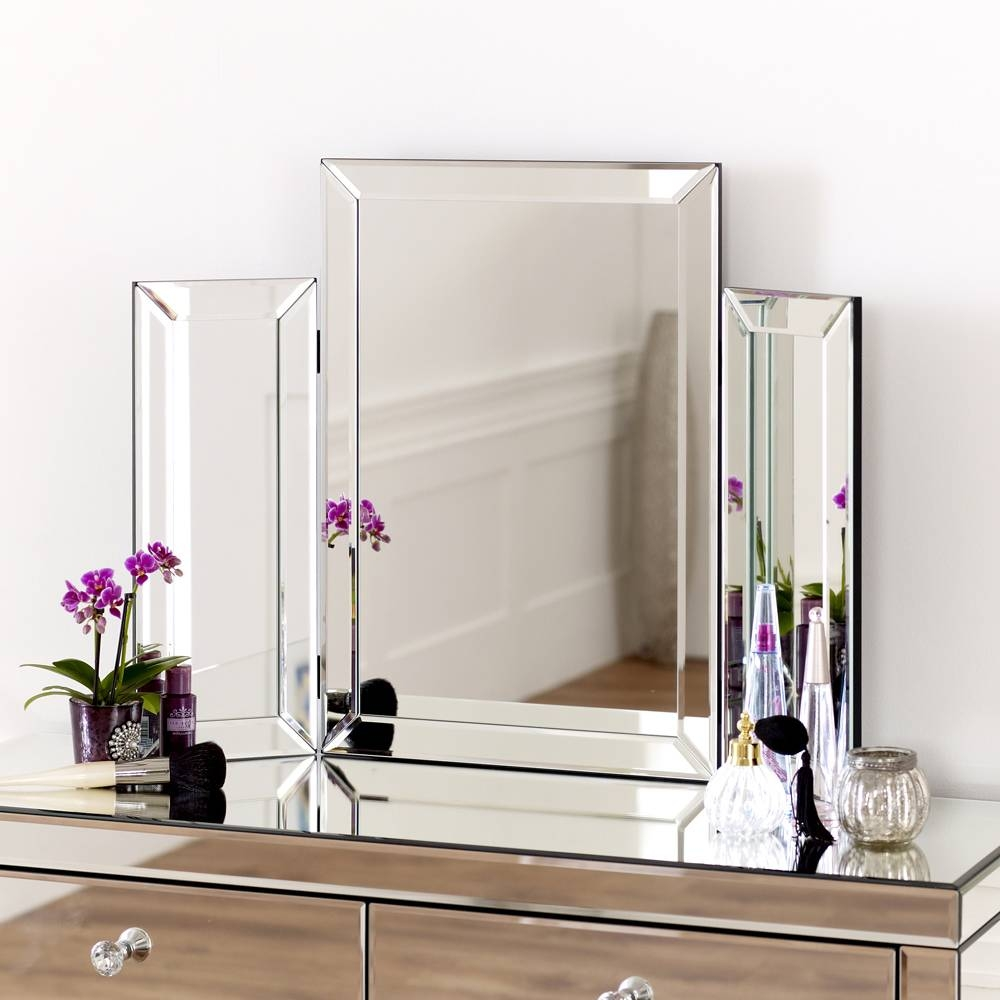 Venetian Dressing Table Mirror regarding Venetian Dressing Table Mirrors (Image 10 of 15)