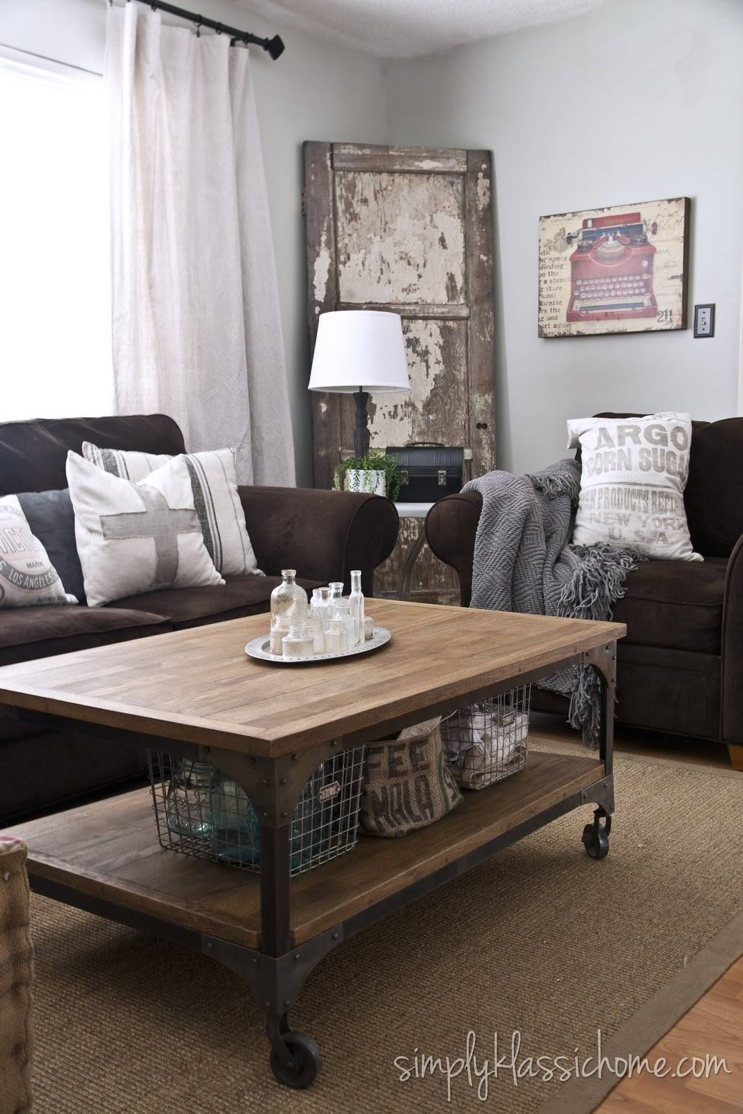 30 Best Accent Colors For My Brown Couch Images On Pinterest Regarding Living Room With Brown Sofas (Photo 13 of 15)