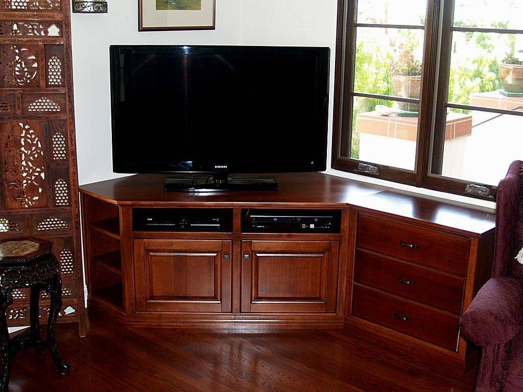 Astonishing Corner Tv Stand With Mount Idea #3338 with regard to Triangular Tv Stands (Image 2 of 15)