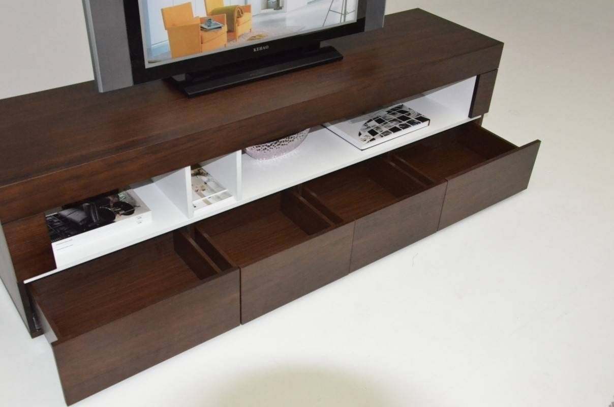 Aura Modern Tobacco Tv Stand With Regard To Modern Low Profile Tv Stands (View 15 of 15)