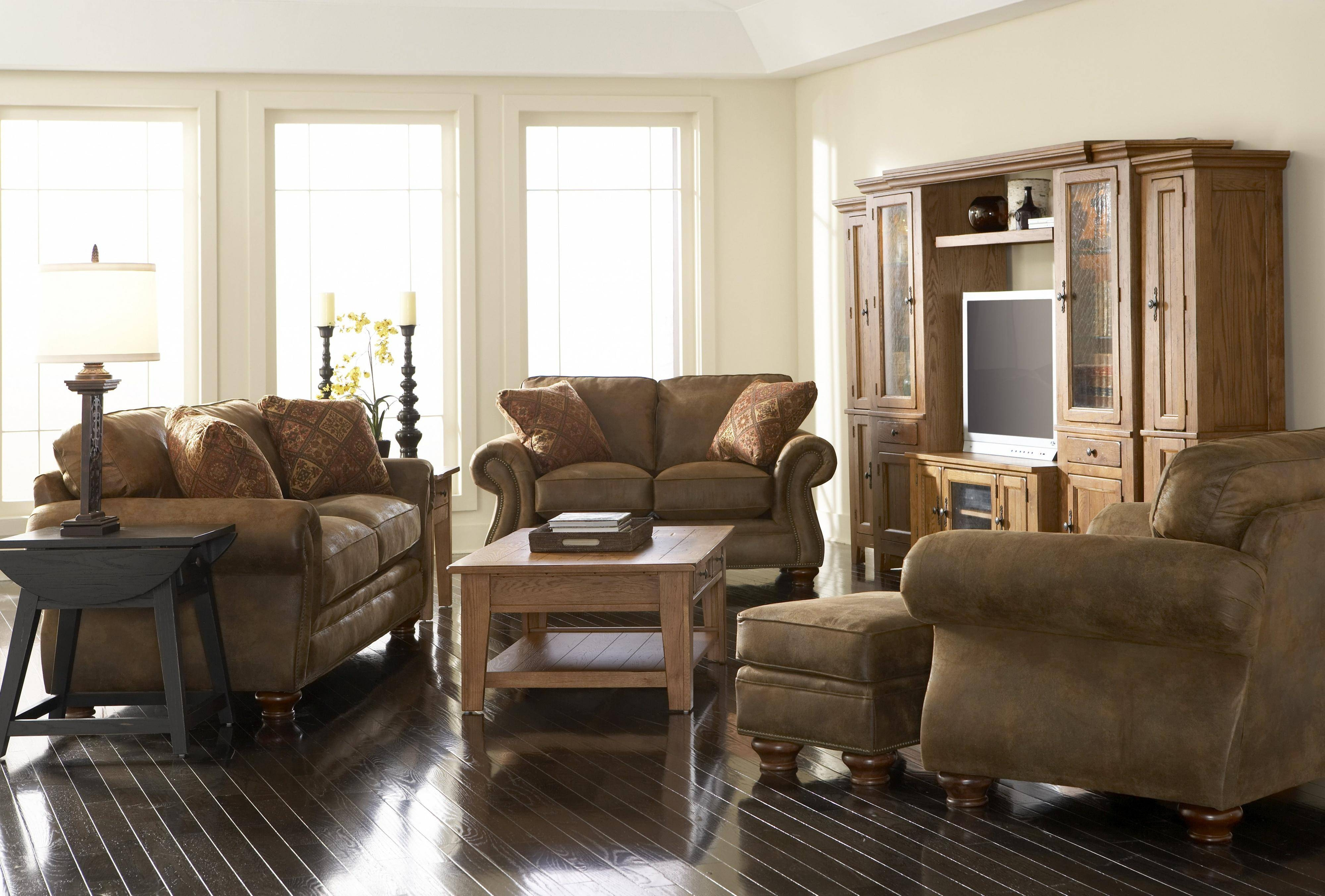 Bedroom: Broyhill Furniture For Interesting Interior Furniture with regard to Broyhill Harrison Sofas (Image 2 of 15)