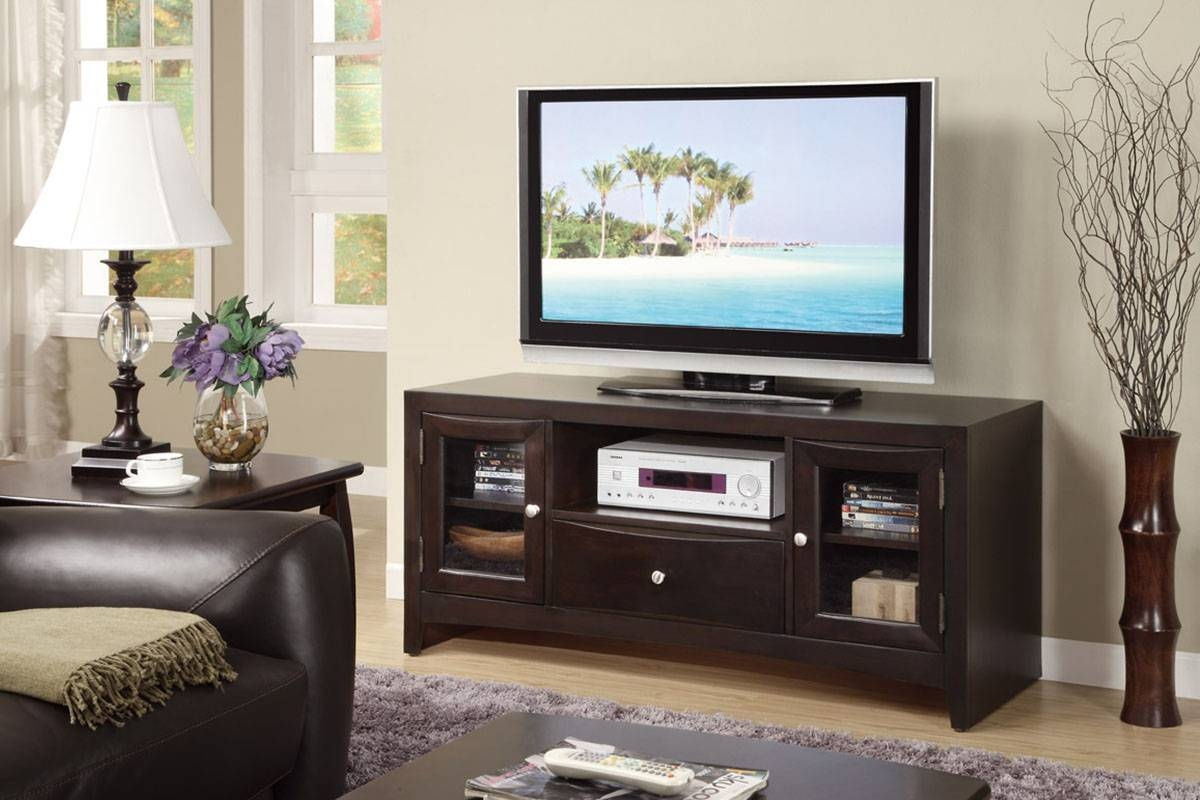 Bedroom Tv Stand - Lakecountrykeys with regard to Bedroom Tv Shelves (Image 6 of 15)
