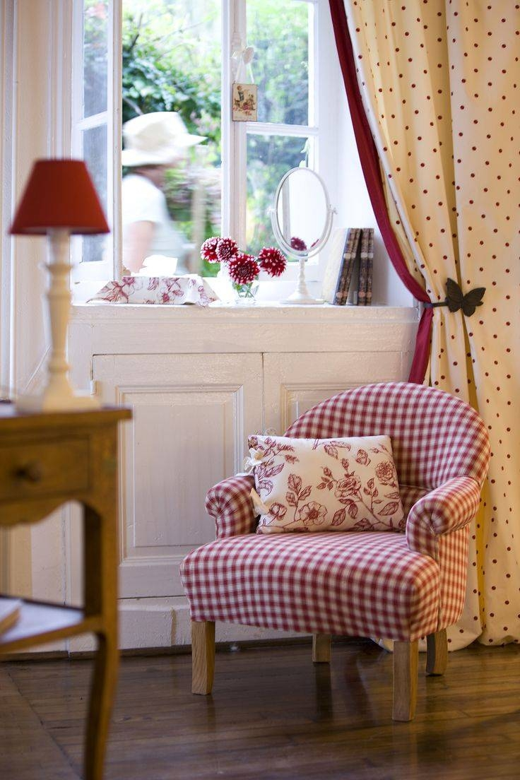 Best 25+ Gingham Decor Ideas On Pinterest   Country Porches inside Gingham Sofas (Image 1 of 15)
