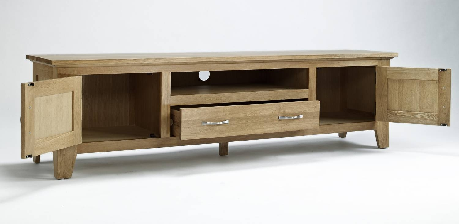 Compton Solid Oak Living Room Furniture Large Widescreen Tv Within Large Oak Tv Stands (View 4 of 15)