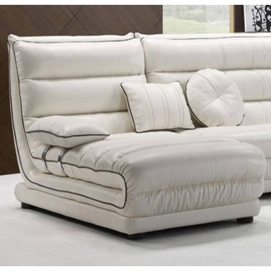 Contemporary White Small Sectional Sofa : Small Sectional Sofa with regard to Modern Small Sectional Sofas (Image 4 of 15)