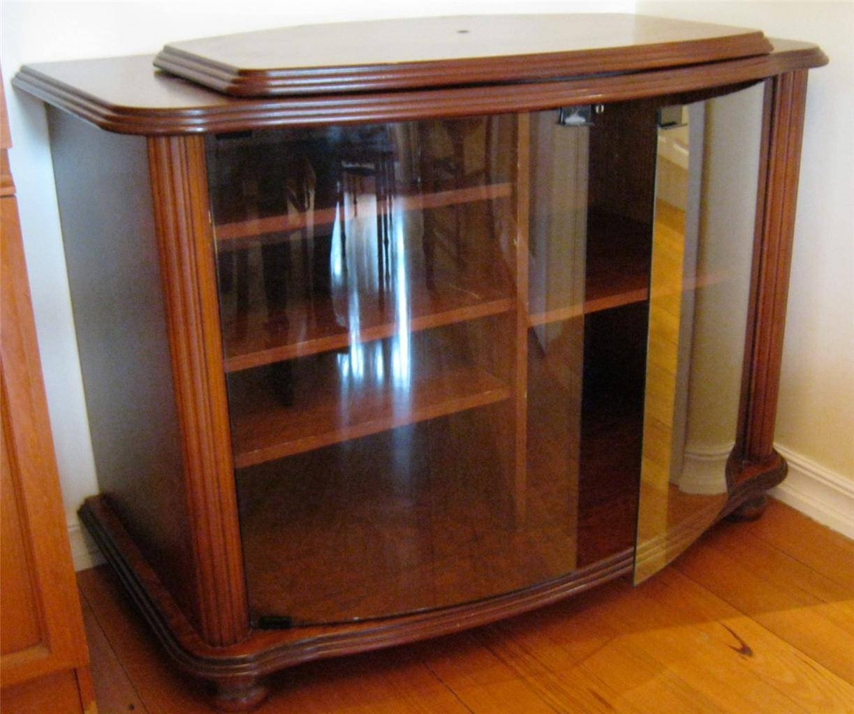 Corner Tv Stand Cabinet With Frameless Glass Doors - Decofurnish within Corner Tv Unit With Glass Doors (Image 3 of 15)