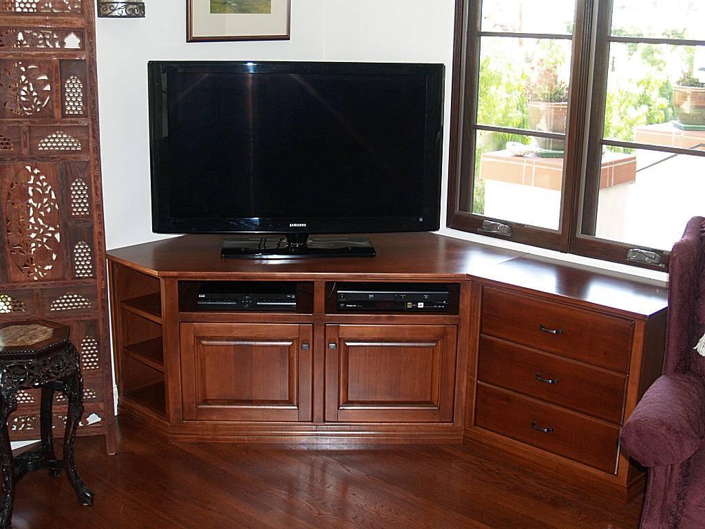 Custom Maple Corner Tv Stand in Maple Tv Cabinets (Image 5 of 15)