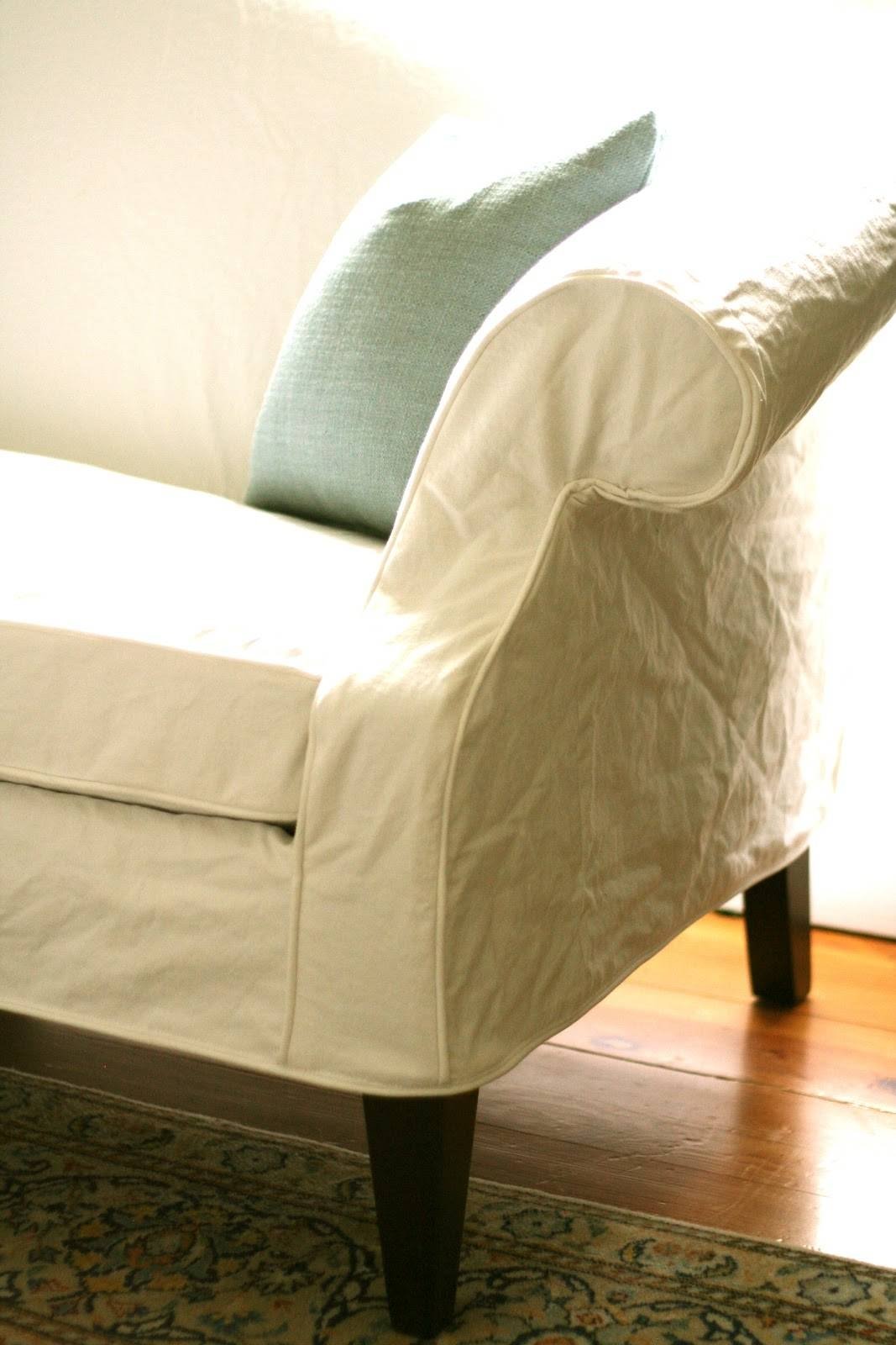 Custom Slipcoversshelley: White Camel Back Couch in Camel Back Couch Slipcovers (Image 9 of 15)