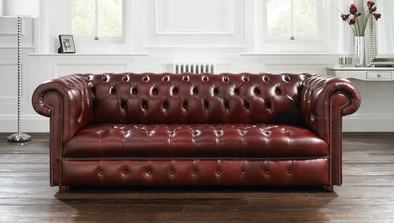 Decorating Ideas: Fancy Design Of Living Room Interior Using Wall inside Dark Red Leather Sofas (Image 4 of 15)