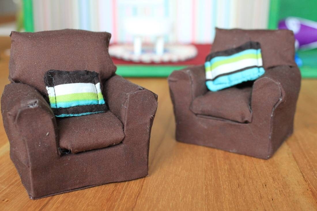 Dollhouse Sofas with regard to Cardboard Sofas (Image 12 of 15)