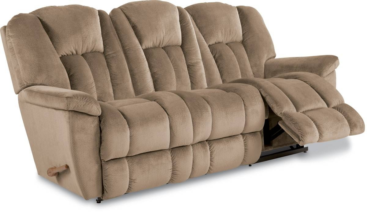Duluth Furniture Store | La-Z-Boy Maverick Reclining Sofa regarding Lazy Boy Sofas (Image 2 of 15)
