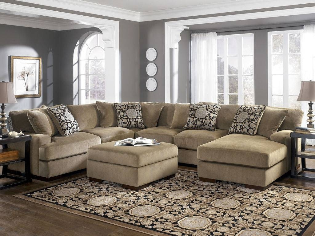 Furniture: Cozy Living Room Using Stylish Oversized Sectional with Curved Sectional Sofas With Recliner (Image 7 of 15)