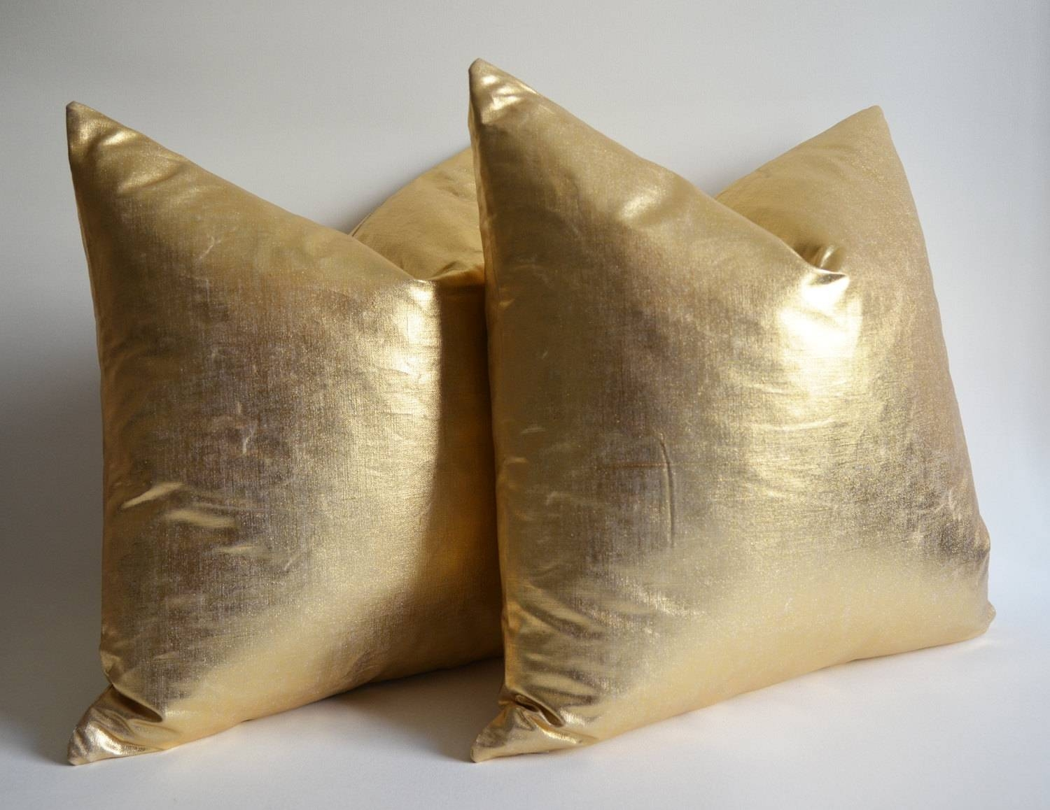Gold Throw Pillows Covers : Decorative Gold Throw Pillows – Home with Gold Sofa Pillows (Image 5 of 15)