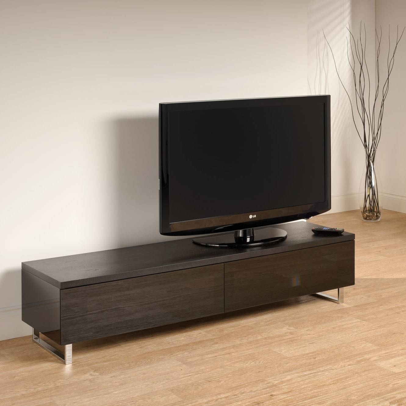 Good Modern Low Profile Tv Stand 24 With Additional Interior For Low Profile Contemporary Tv Stands (View 7 of 15)