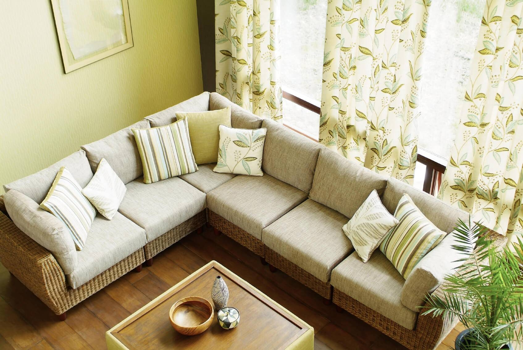 Living Room. Amazing Designs Of Sofas For Living Room: Designs-Of in Window Sofas (Image 11 of 15)