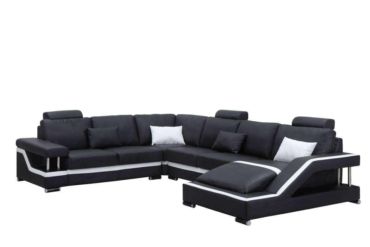Modern Black Leather Sectional Sofa in Black Modern Sectional Sofas (Image 9 of 15)