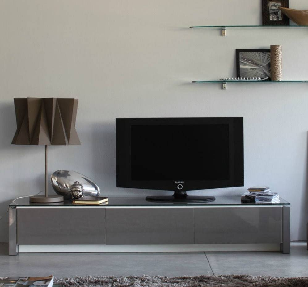 Modern Mirrored Low Profile Media Console With Glass Top Ideas Of With Regard To Modern Low Profile Tv Stands (View 10 of 15)
