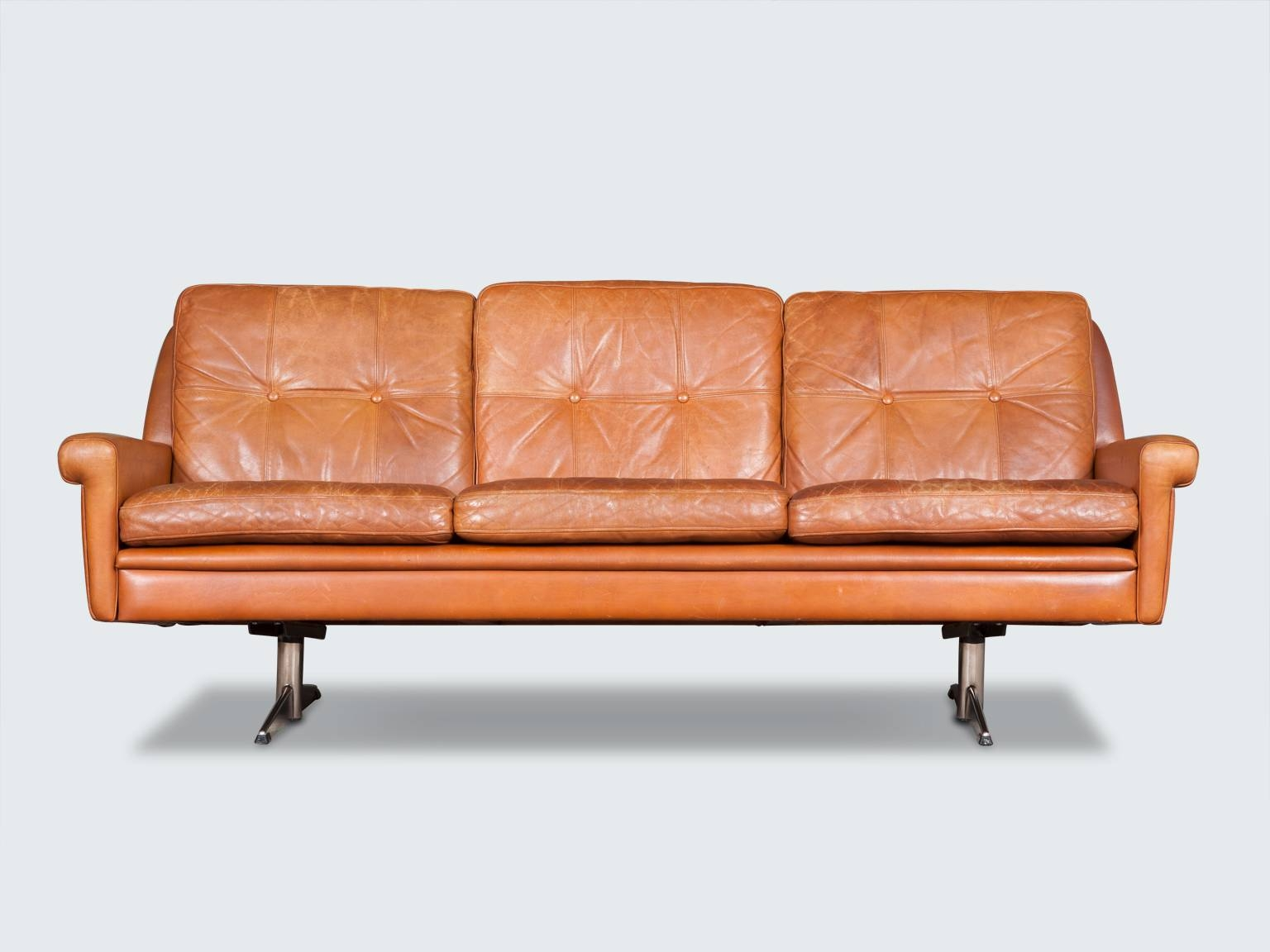 Modern Times – Vintage Danish And European Design Furniture With Shaker Sofas (View 7 of 15)