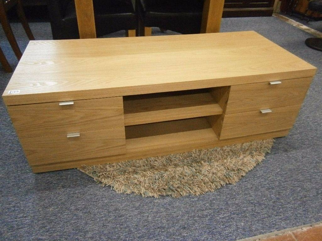 New Ex-Display, G-Plan Solid Light Oak Flat Screen Tv Stand | In in Light Oak Tv Stands Flat Screen (Image 5 of 15)