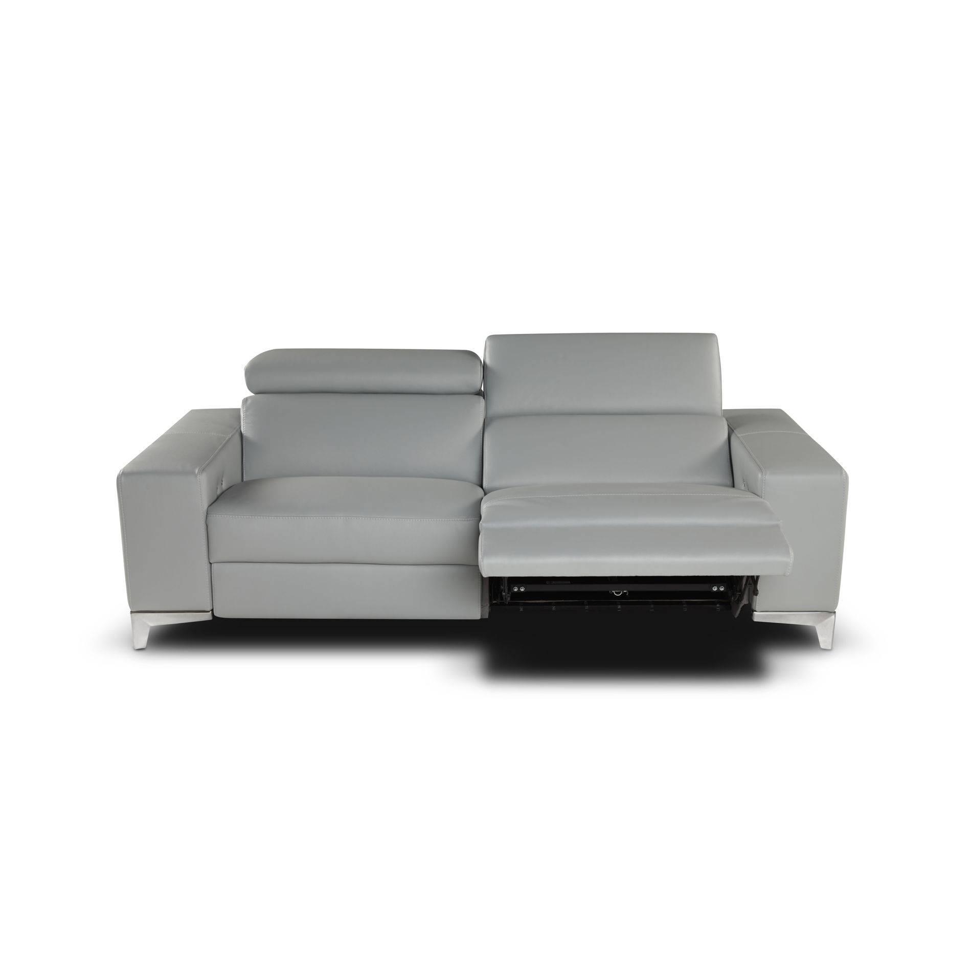 Queen Leather Sofa Set | Giuseppe&giuseppe Within Italian Recliner Sofas (View 12 of 15)