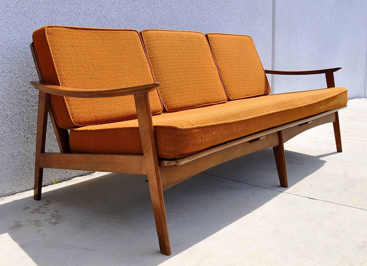 Select Modern intended for Modern Danish Sofas (Image 14 of 15)