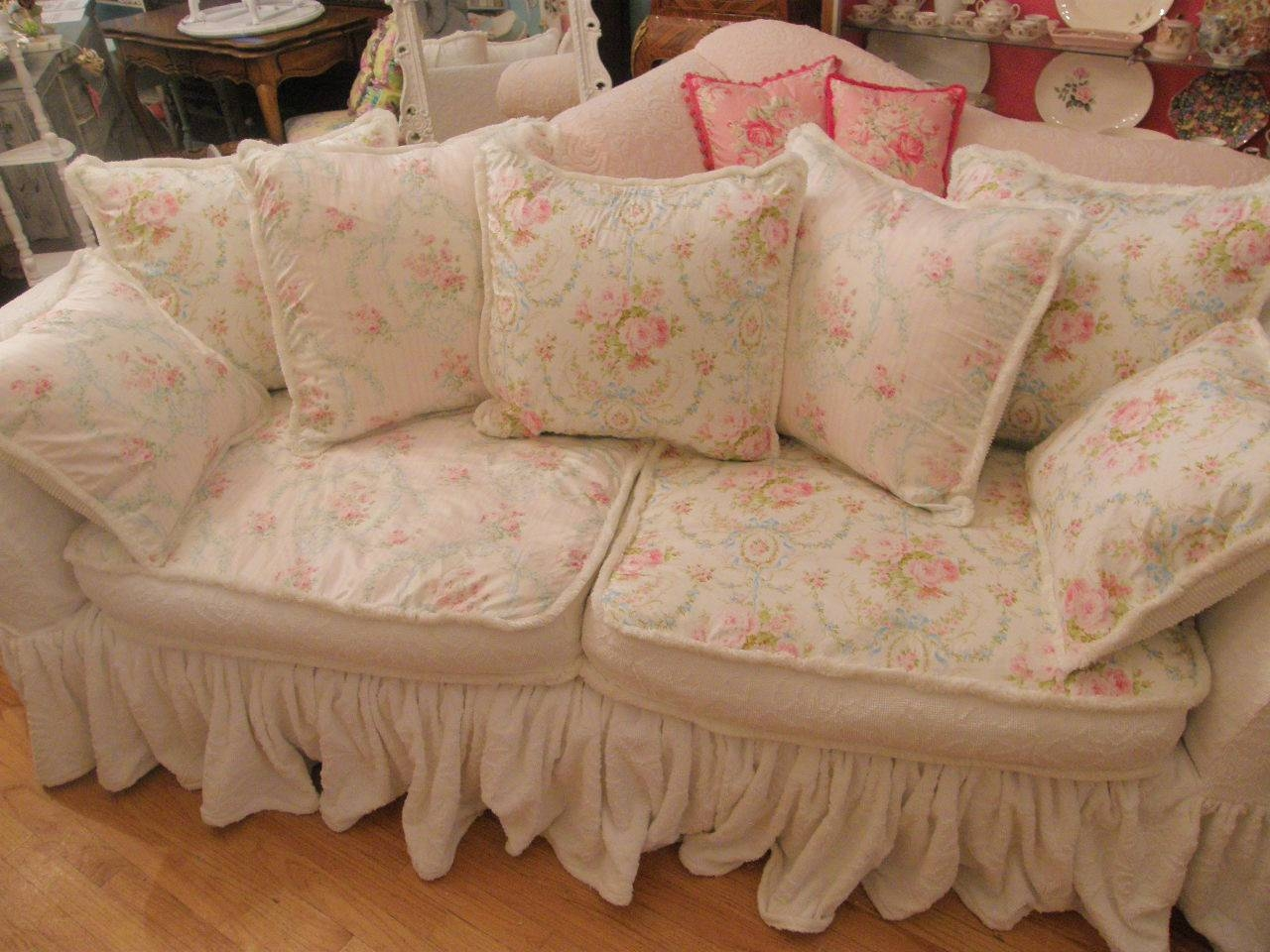 Shabby Chic Sofa Slipcovers 47 With Shabby Chic Sofa Slipcovers Pertaining To Shabby Chic Sofa Slipcovers (View 10 of 15)