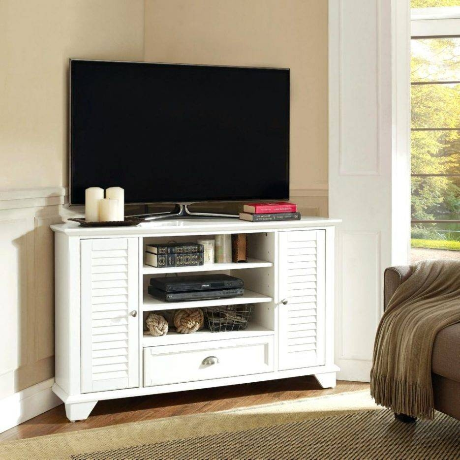 Tv Stand : Fascinating Rustic Pine Corner Tv Stand Handmade Pertaining To Cornet Tv Stands (View 10 of 15)