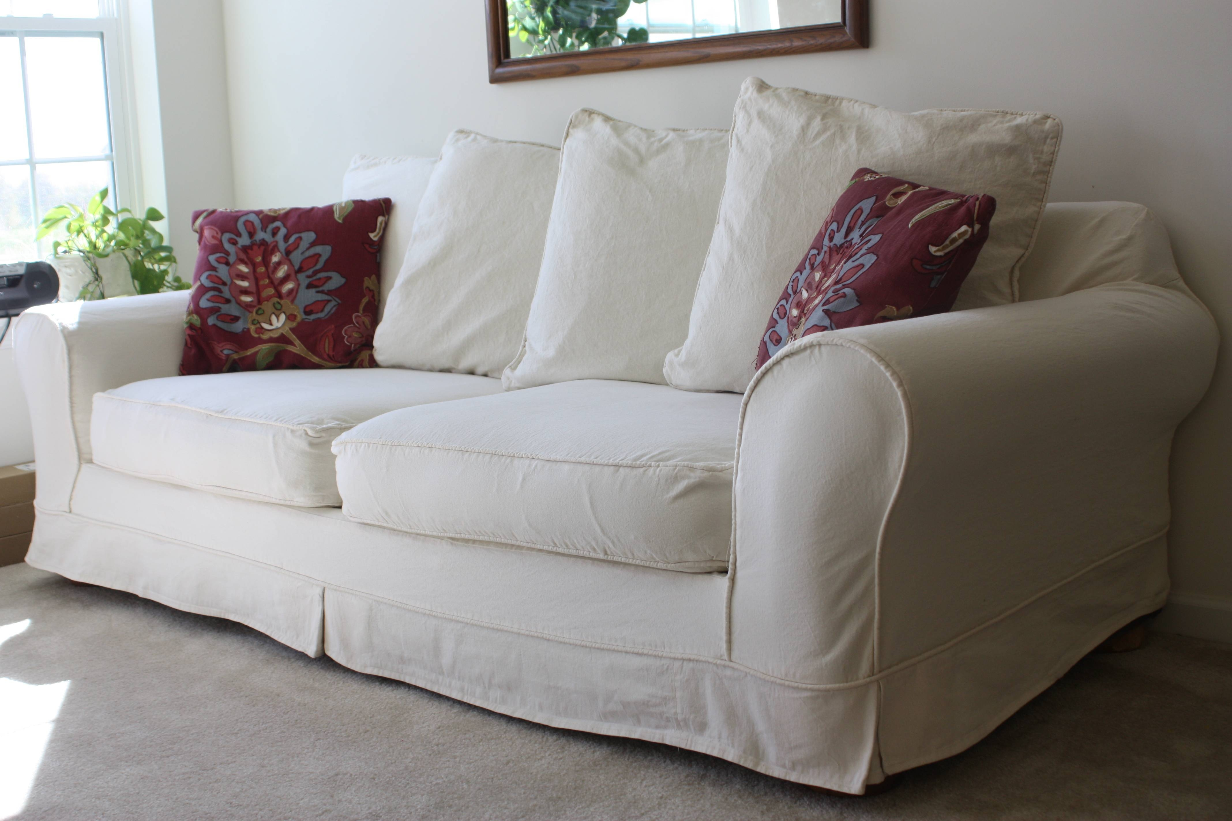 White Slipcovered Sofa For Nice Living Room | Homesfeed throughout Denim Sofa Slipcovers (Image 15 of 15)