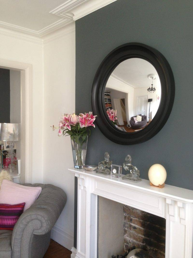 4 Essential Tips For Hanging A Round Mirror Above A Fireplace With Mantelpiece Mirrors (View 2 of 15)