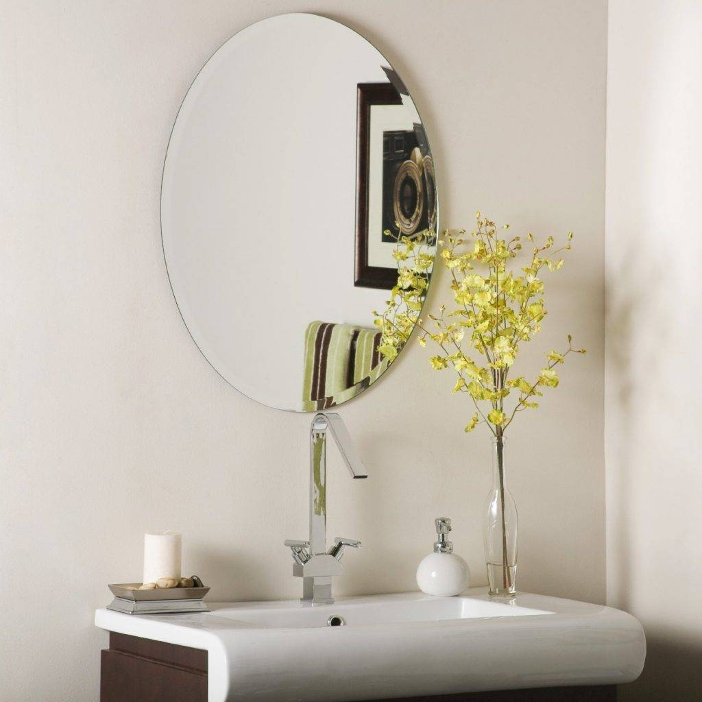Bathroom Cabinets : Decor Wonderland Odelia Oval Bevel Frameless pertaining to Oval Bevelled Mirrors (Image 1 of 15)
