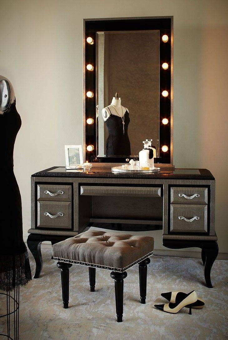 Best 25+ Makeup Table With Mirror Ideas On Pinterest | Makeup Desk With Regard To Mirrors On Stand For Dressing Table (View 8 of 15)