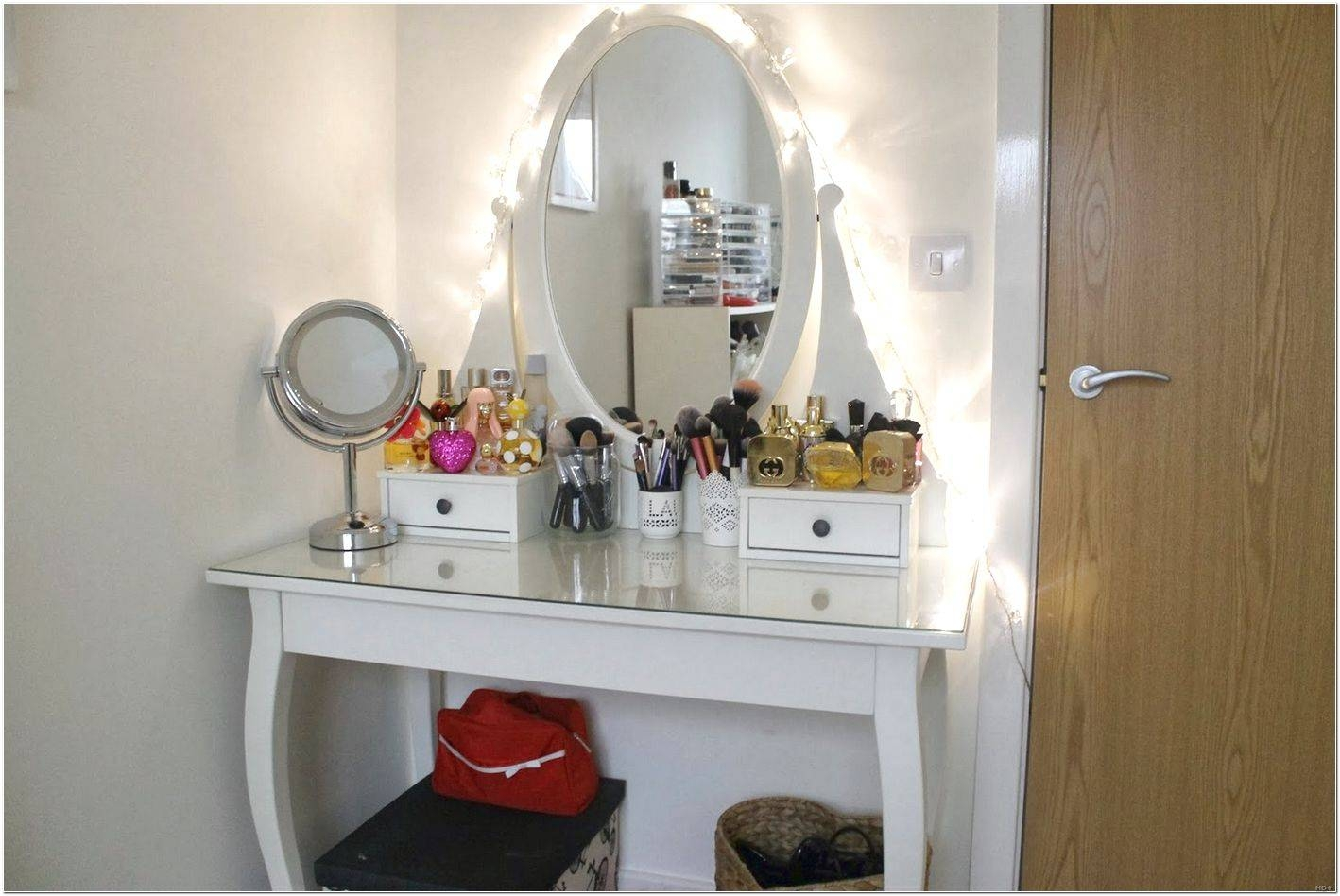 Dressing Table With Long Mirror Design Ideas - Interior Design For within Long Dressing Mirrors (Image 7 of 15)